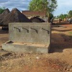 fontana - villaggio africa - pompaggio acqua